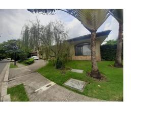 Casa En Ventaen Rio Oro, Santa Ana, Costa Rica, CR RAH: 22-144
