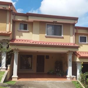 Casa En Ventaen San Juan, La Union, Costa Rica, CR RAH: 22-157