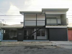 Casa En Ventaen San Juan, San Ramon, Costa Rica, CR RAH: 22-185