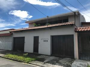 Casa En Ventaen Zapote, San Jose, Costa Rica, CR RAH: 22-189