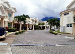 Casa En Ventaen Guachipelin, Escazu, Costa Rica, CR RAH: 22-175