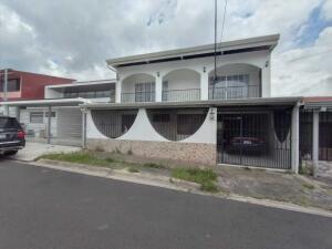Casa En Ventaen Desamparados, Desamparados, Costa Rica, CR RAH: 22-195