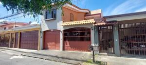 Casa En Ventaen San Sebastian, San Jose, Costa Rica, CR RAH: 22-197