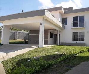 Casa En Ventaen Ulloa, Heredia, Costa Rica, CR RAH: 22-210