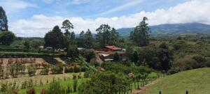 Terreno En Ventaen San Jeronimo, Moravia, Costa Rica, CR RAH: 22-238