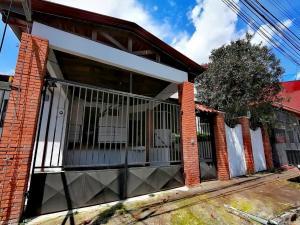 Apartamento En Alquileren Moravia, Moravia, Costa Rica, CR RAH: 22-252