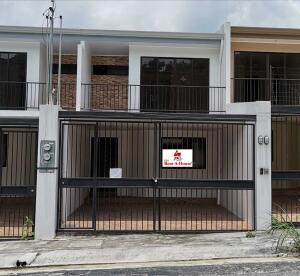 Casa En Ventaen San Juan - La Union, Curridabat, Costa Rica, CR RAH: 21-2466