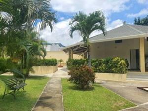 Casa En Ventaen Guachipelin, Escazu, Costa Rica, CR RAH: 22-272