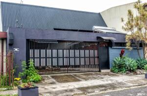 Casa En Ventaen La Uruca, San Jose, Costa Rica, CR RAH: 22-273