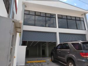 Local Comercial En Alquileren Ciudad Colon, Mora, Costa Rica, CR RAH: 22-274