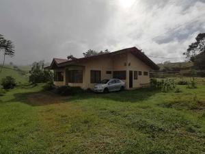 Casa En Ventaen Vc San Isidro, Vazquez De Coronado, Costa Rica, CR RAH: 22-289