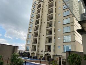 Apartamento En Alquileren Sabana, San Jose, Costa Rica, CR RAH: 22-292
