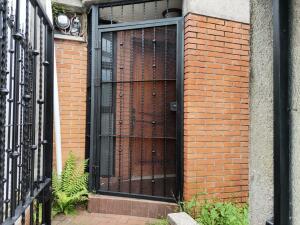 Casa En Ventaen San Antonio, Desamparados, Costa Rica, CR RAH: 22-299