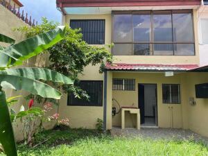 Casa En Alquileren Belen, Belen, Costa Rica, CR RAH: 22-319