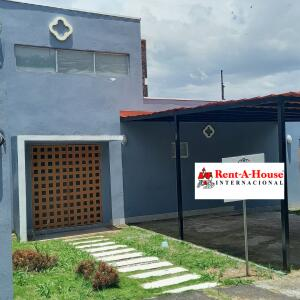 Casa En Ventaen Brasil De Santa Ana, Santa Ana, Costa Rica, CR RAH: 21-1915