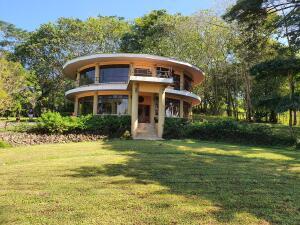Casa En Ventaen Orotina, Orotina, Costa Rica, CR RAH: 22-342