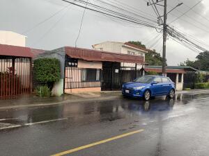Casa En Ventaen Santa Ana, Santa Ana, Costa Rica, CR RAH: 22-450