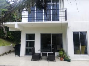 Apartamento En Alquileren Piedades, Santa Ana, Costa Rica, CR RAH: 22-374