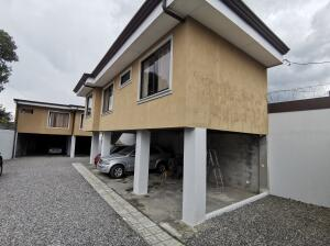 Casa En Ventaen Alajuelita, San Jose, Costa Rica, CR RAH: 22-397