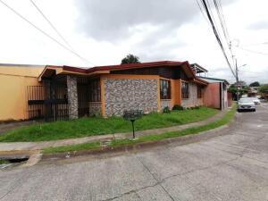 Casa En Ventaen Sabanilla, Montes De Oca, Costa Rica, CR RAH: 22-403