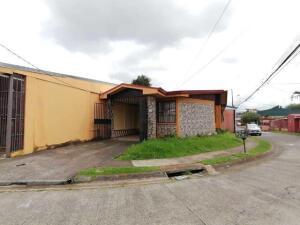 Casa En Alquileren Sabanilla, Montes De Oca, Costa Rica, CR RAH: 22-404