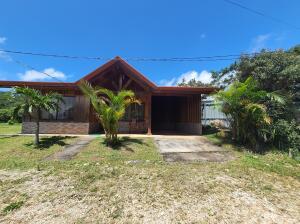 Casa En Ventaen San Ramon, San Ramon, Costa Rica, CR RAH: 22-424