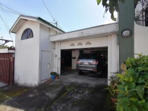 Casa En Ventaen Sabanilla, Montes De Oca, Costa Rica, CR RAH: 22-443