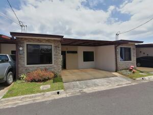 Casa En Ventaen San Pablo, San Pablo, Costa Rica, CR RAH: 22-442