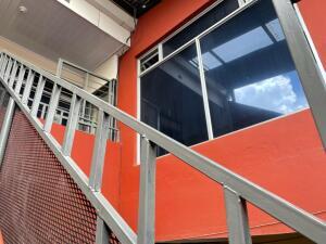 Apartamento En Alquileren San Juan, Tibas, Costa Rica, CR RAH: 22-470