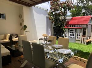 Casa En Ventaen Quebradilla, Cartago, Costa Rica, CR RAH: 22-491