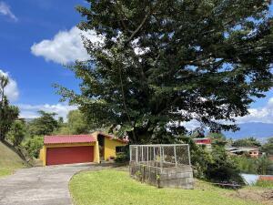 Casa En Ventaen San Antonio, Escazu, Costa Rica, CR RAH: 22-692