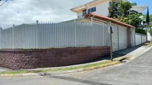 Casa En Ventaen Brasil De Santa Ana, Santa Ana, Costa Rica, CR RAH: 22-552