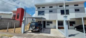Casa En Ventaen San Isidro - El Guarco, El Guarco, Costa Rica, CR RAH: 22-566