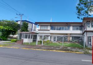 Edificio En Ventaen Merced, San Jose, Costa Rica, CR RAH: 22-570