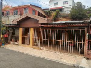 Casa En Ventaen Tarrazu, Tarrazu, Costa Rica, CR RAH: 22-597