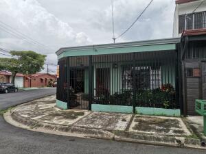 Casa En Ventaen Desamparados, Desamparados, Costa Rica, CR RAH: 22-624