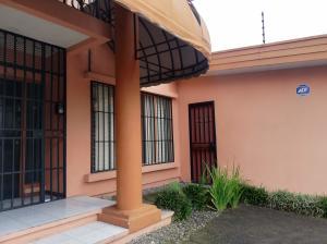 Casa En Ventaen Sabana, San Jose, Costa Rica, CR RAH: 22-633