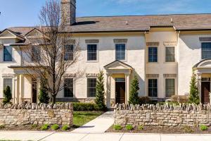 1555 Arlington Avenue, Marble Cliff, OH 43212