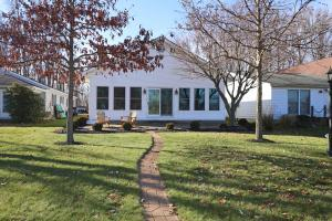 787 Maple Avenue, Hebron, OH 43025