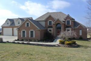 106 Misty Meadows Drive SE, Newark, OH 43056