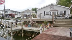 Spacious deck and dock area