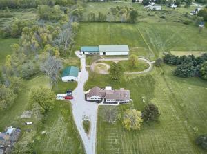 2747 N County Line Road, Sunbury, OH 43074