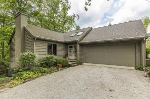 635 E Cooke Road, Columbus, OH 43214