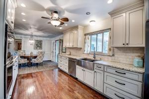 2383 Beverly Place, Columbus, OH 43209