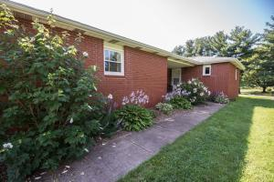 11180 Snyder Church Road NW, Baltimore, OH 43105