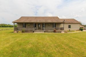 3024 Mounts Road NW, Alexandria, OH 43001
