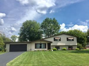 Welcome home! This spacious 4 level split is waiting for you. Must see!