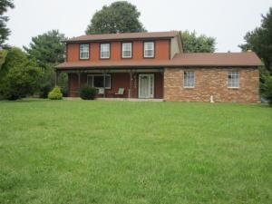 4904 Hayes Road, Groveport, OH 43125