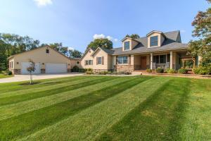 8270 Windy Hollow Road, Johnstown, OH 43031