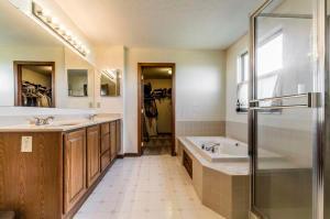 Homes for Sale in Zip Code 43081
